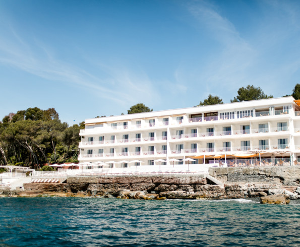 Hotel les roches rouges (agay)